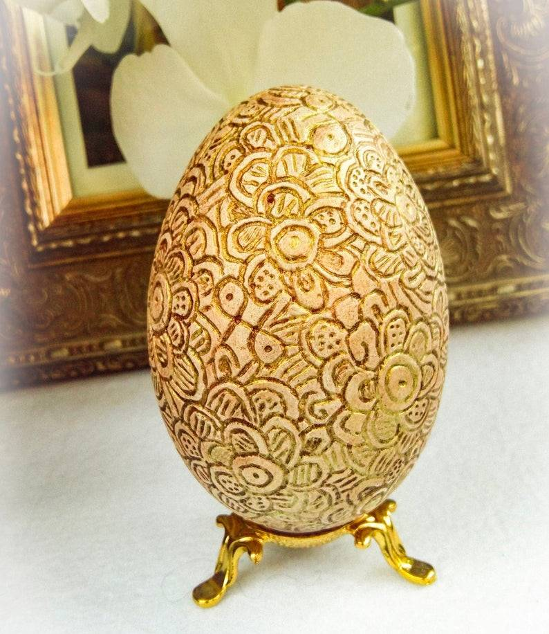 egg shell carving 2