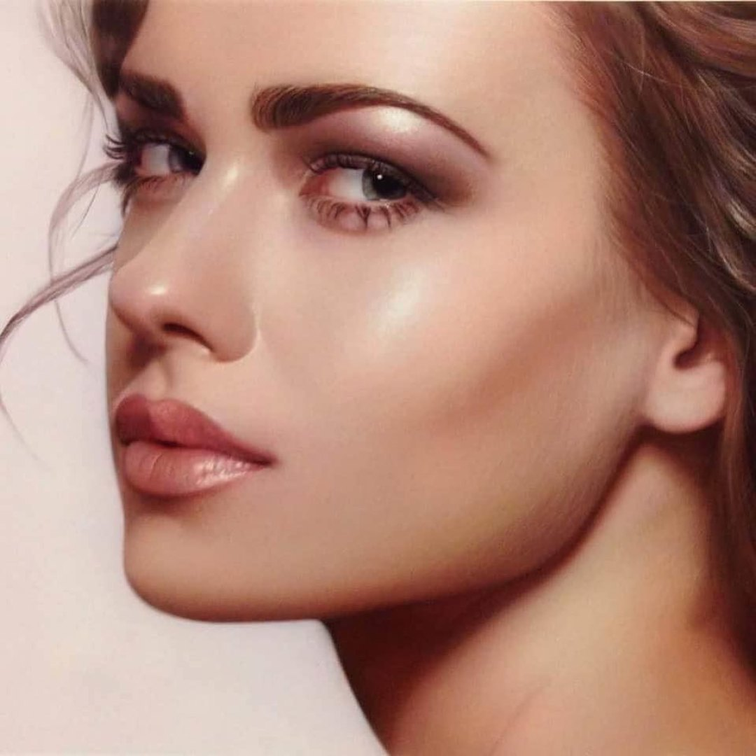 Airbrush Artist Achieves Global Fame For Her Stunning Portraits 3