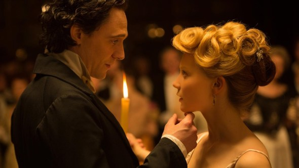 Crimson Peak / Tom Hiddleston / Mia Wasikowska