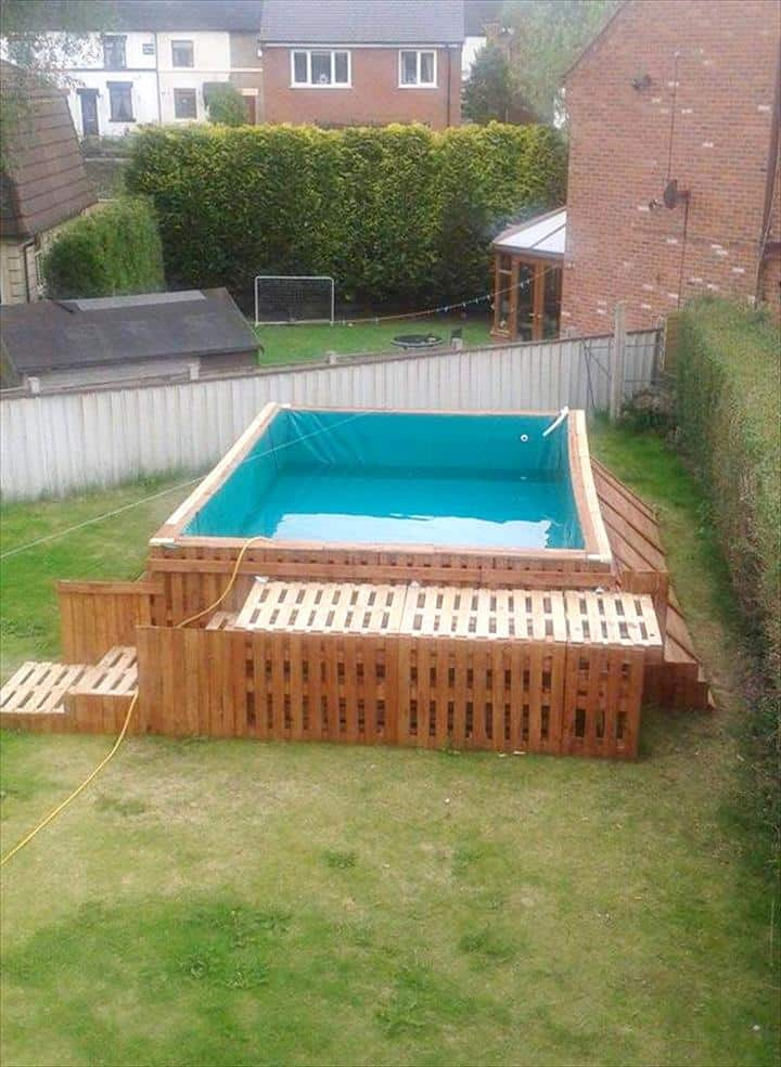 How To Build The Coolest Looking Pallet Swimming Pool Ever Using Only 40 Pallets