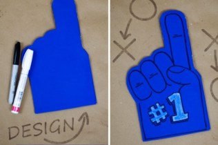 diy-foam-finger-3-550x366