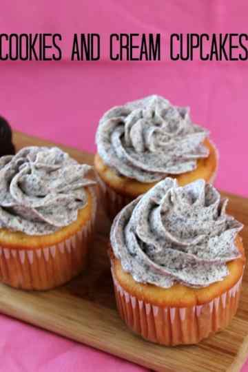 Cookies and Cream Cupcakes | How to be Awesome on $20 a Day