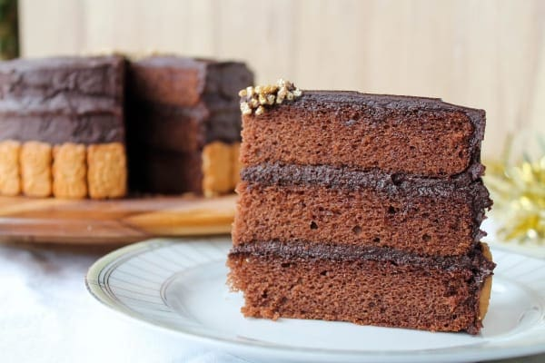 Hint of Cinnamon Chocolate Cake | How to Be Awesome on $20 a Day