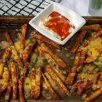 Spicy Cheese Fries with dipping sauce