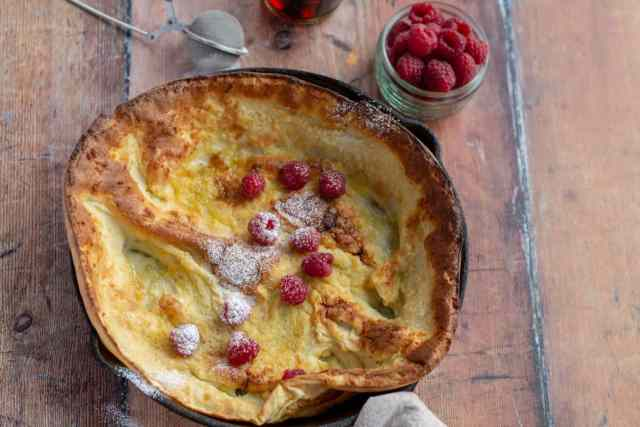 Dutch Baby with raspberries