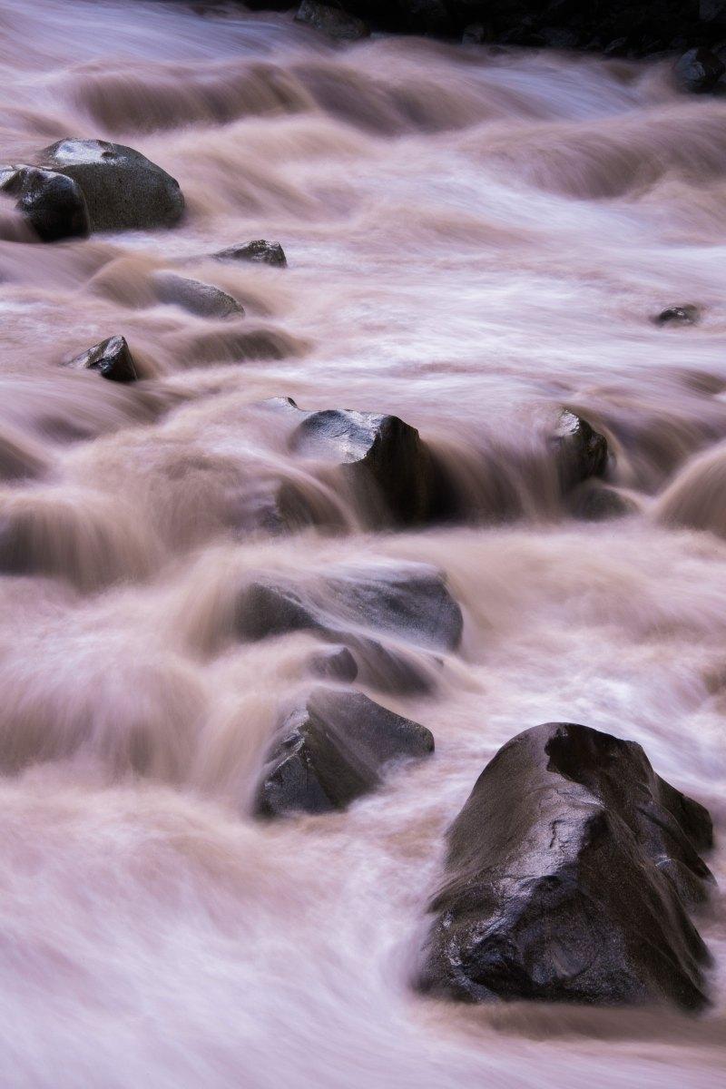 Rio Vilcanota, Aguas Caliente, Peru