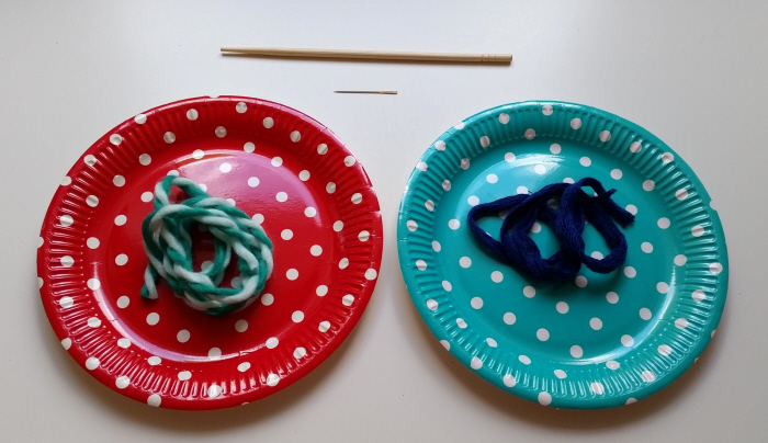 DIY paper plate buttons