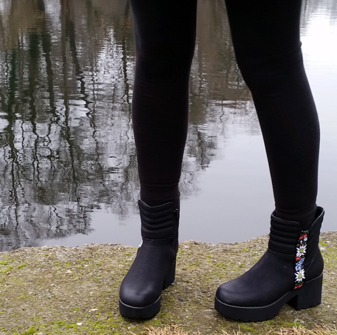 An Easy Thrifted Boot Refashion