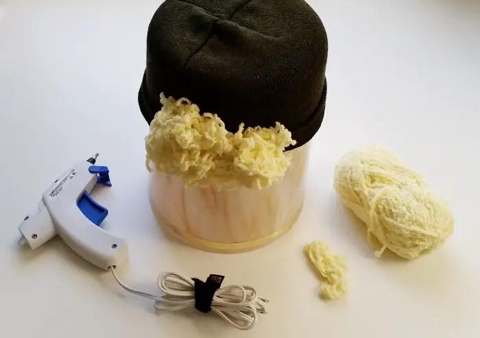 The no sew yarn wig + DIY ragdoll & scarecrow costumes