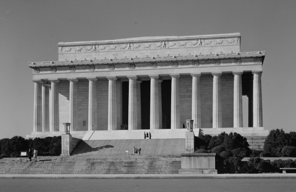 Lincoln Memorial Construction & Dedication