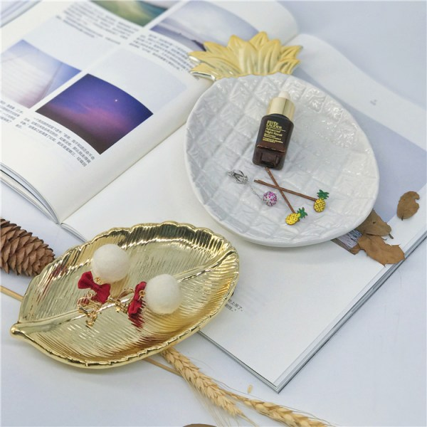Golden Ceramic Jewelry Plate