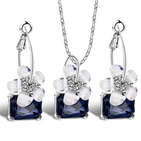 Romantic Crystal Flower Shaped Jewelry Sets 2