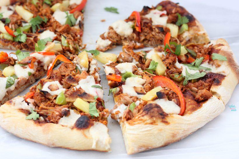 Vegan BBQ Pulled Pulled Pork Pizza
