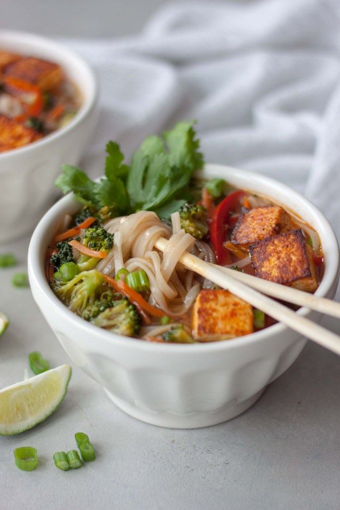 Chopsticks, bowl, noodles, Pad Thai Soup with Spicy Sriracha Tofu