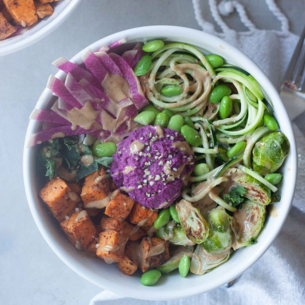 zoodle, purple beet hummus, Spicy Peanut Ginger Zoodle Buddha Bowls