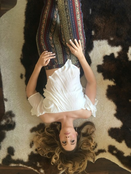 Cowhide Rug|Boho Style|Tall Blogger|beauty Blogger