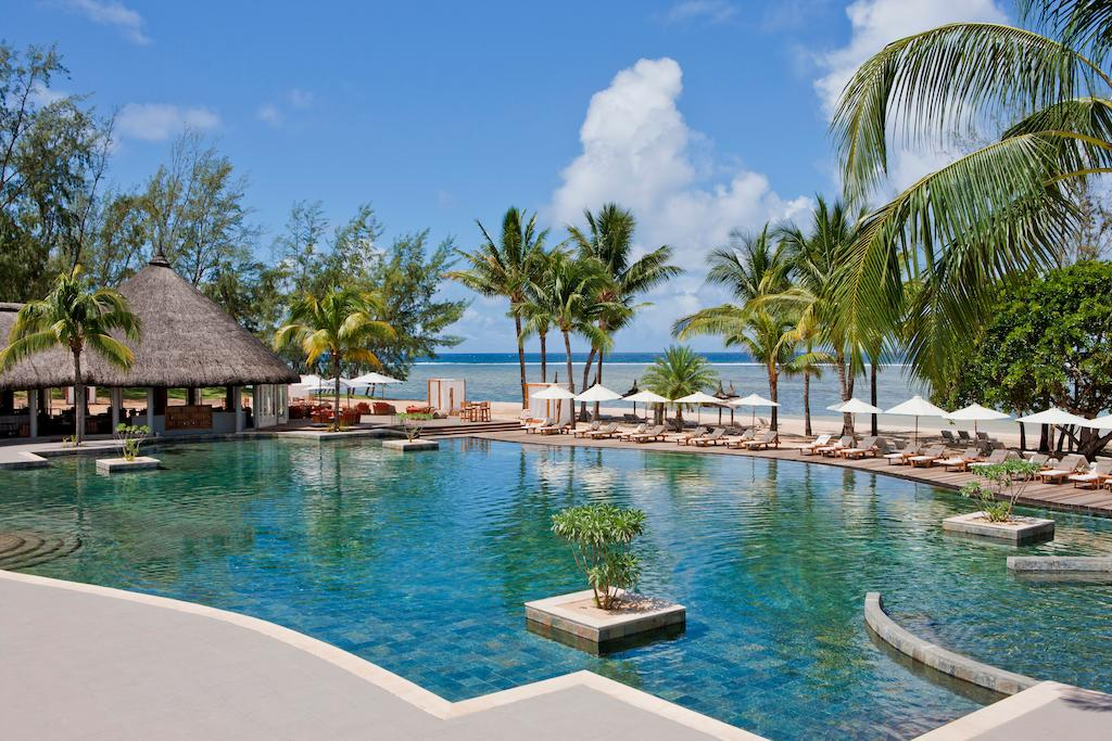 Ten Mauritius Resorts Perfect For Families | Outrigger Mauritius Beach Resort #mauritius #luxurytravel #familytravel #travel