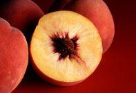 1280px-autumn_red_peaches