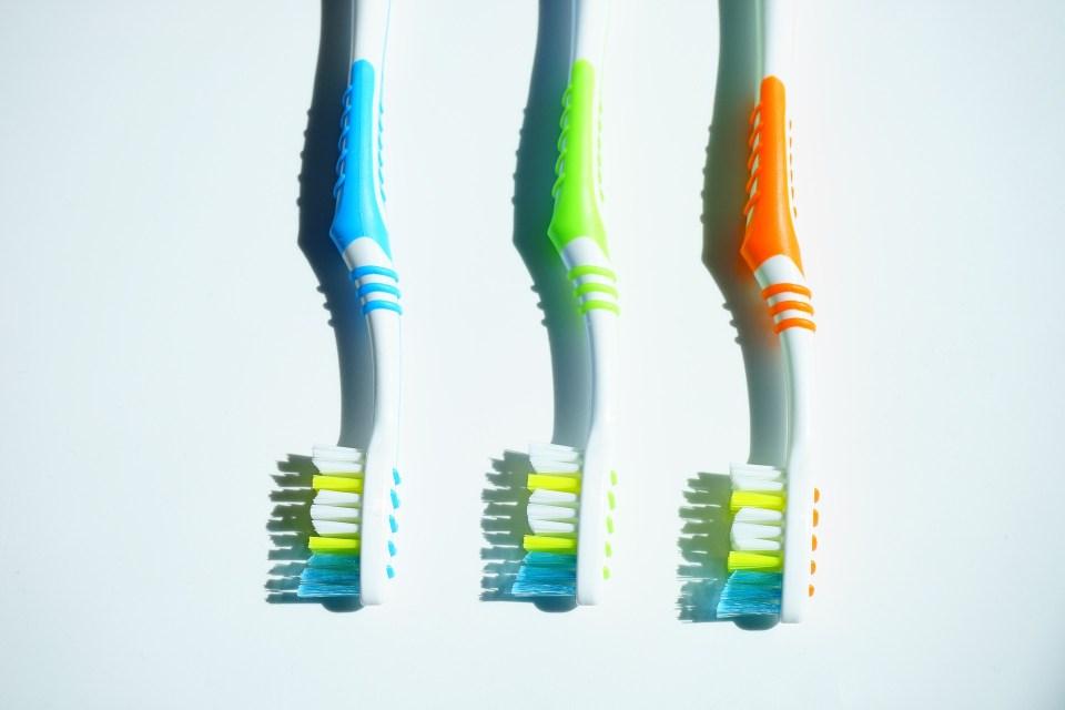 10x wat te doen met oude tandenborstels