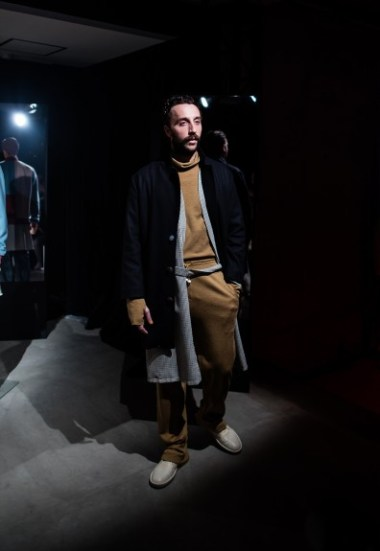 pigalle-eros-fall-winter-2016-show-tokyo-11-396x575