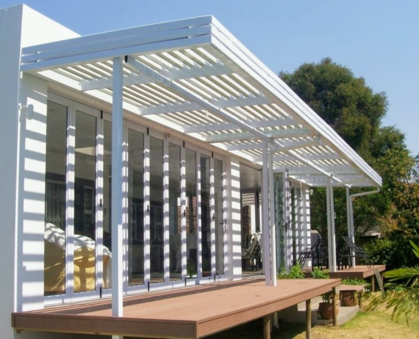 awning and retractable awnings