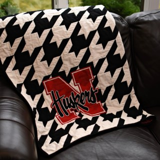 Huskers Houndstooth Quilt Pattern