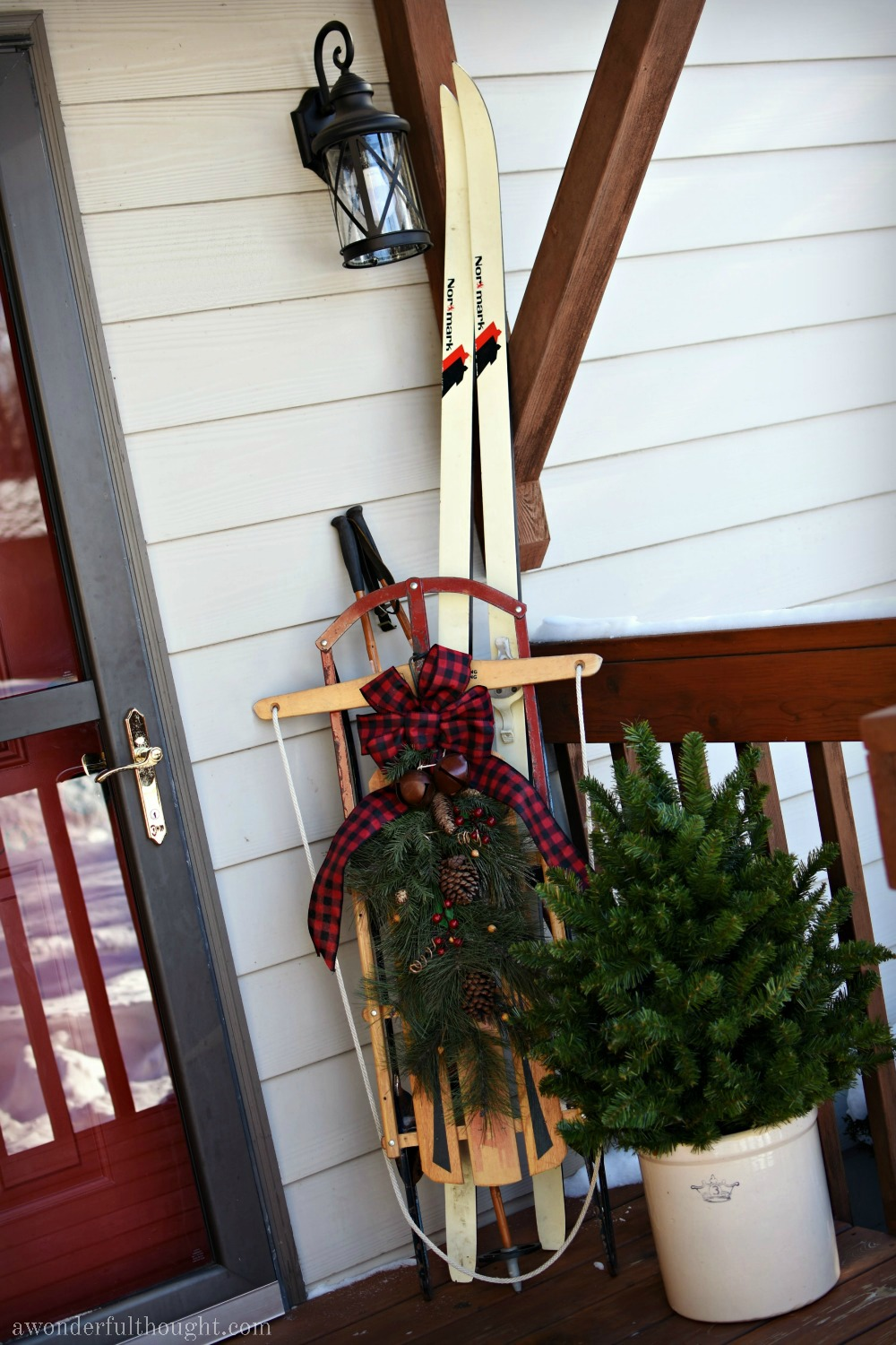 Christmas Front Porch | awonderfulthought.com
