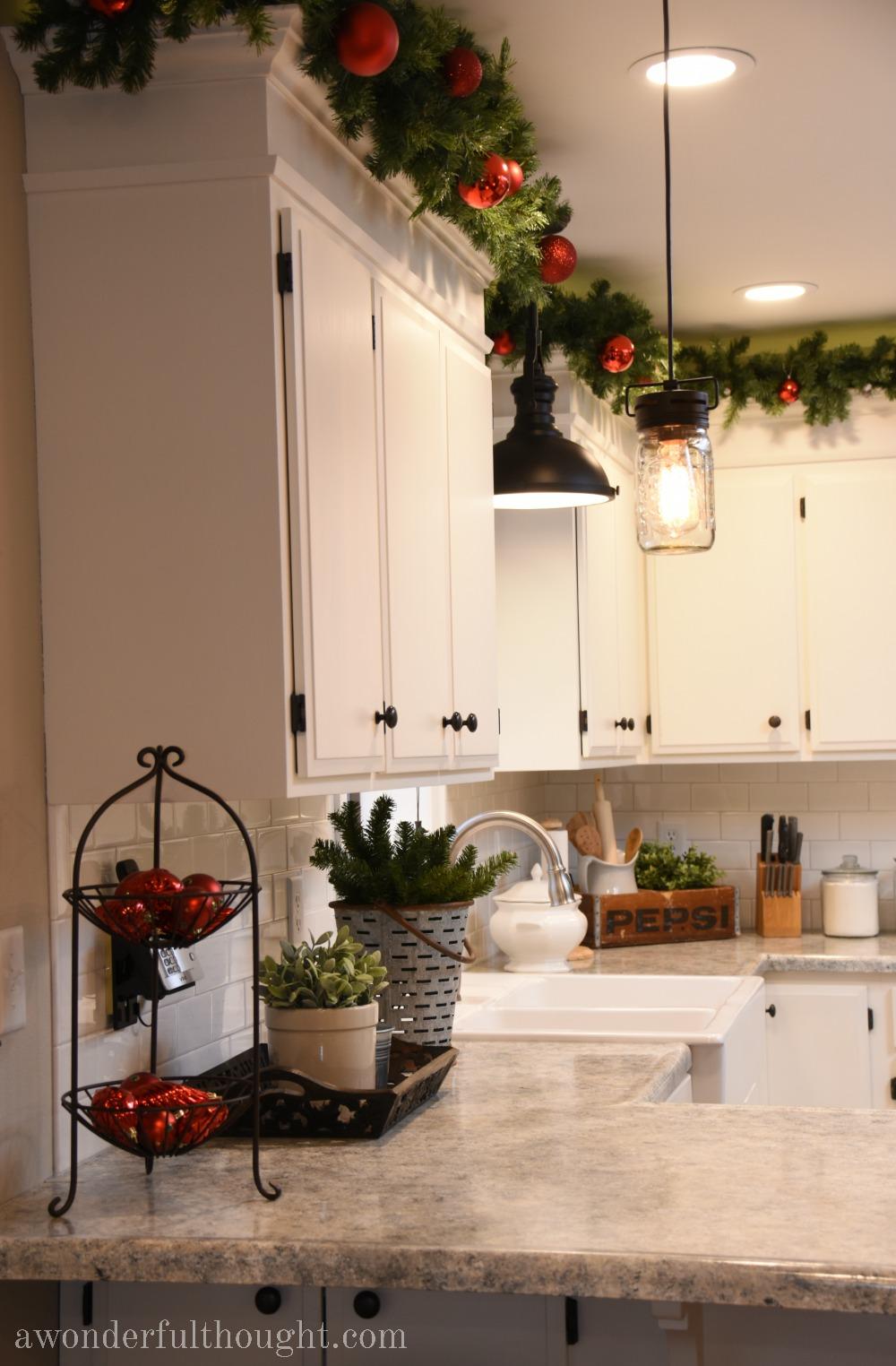 dekorasi natal rumah kabinet dapur