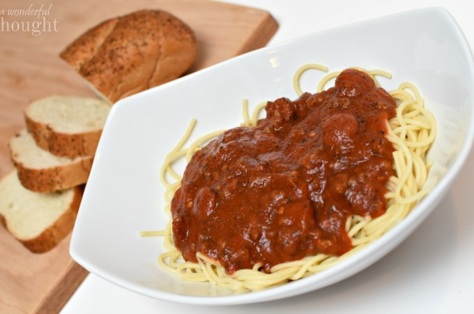 This is the best easy recipe for homemade spaghetti sauce! It is so flavorful! Restaurant Worthy Spicy Sausage Spaghetti   awonderfulthought.com