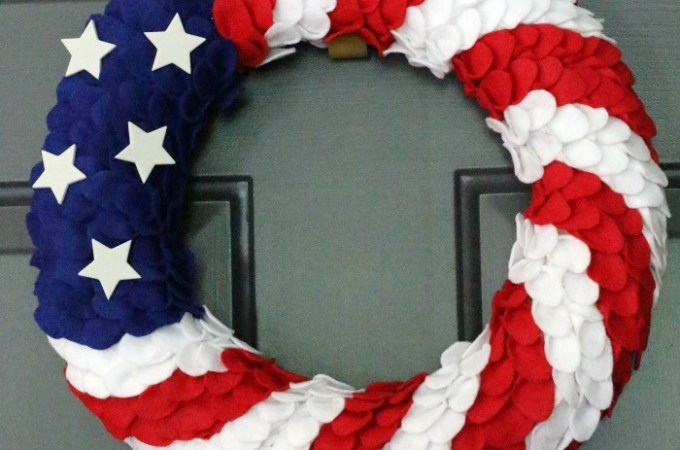 12 Patriotic DIY Projects. Great crafts and DIY projects for the 4th of July | awonderfulthought.com