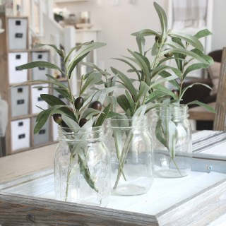 Farmhouse Decor Ideas | awonderfulthought.com