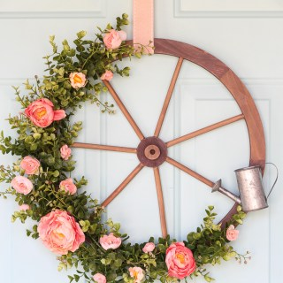 Adorable DIY Spring Wreaths #wreath #springwreath #springdecor #awonderfulthought