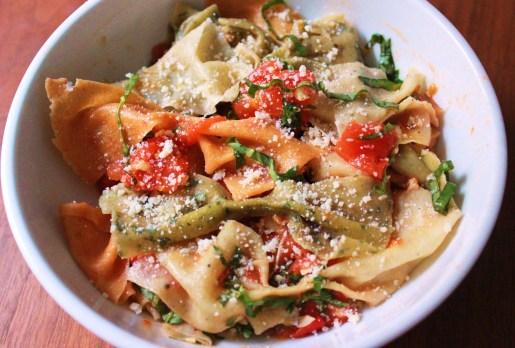 Pasta Bows with Tomato, Basil and Garlic