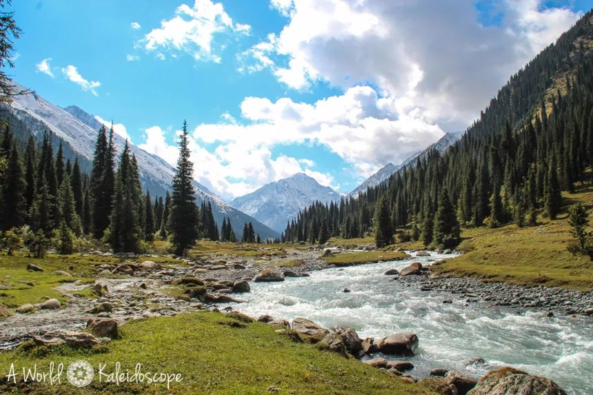 backpacking-in-kirgisistan-altyn-arashan-valley