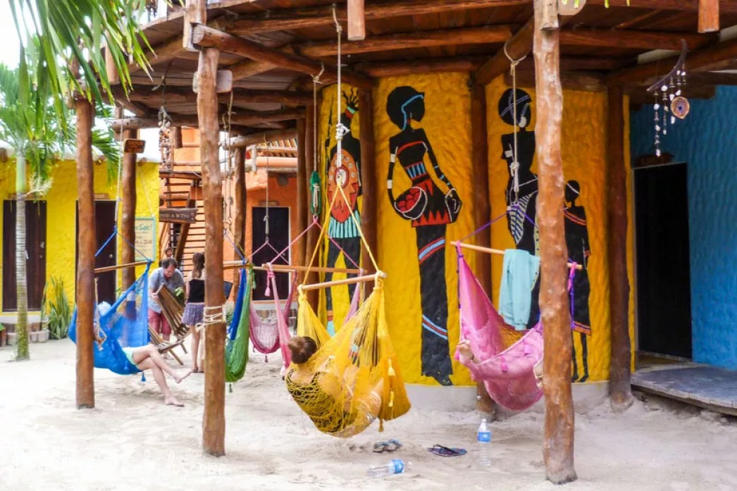 mexico-yucatan-hostel-holbox