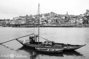 porto-ribeiro-boat
