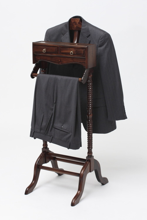 Laurel Crown's mens valet stand