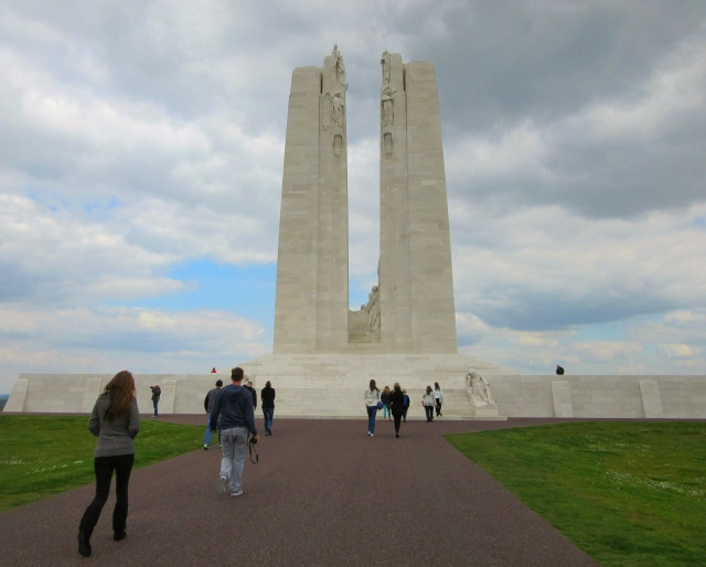 Contiki European Vista Vimy Memorial