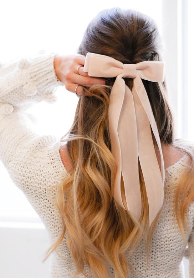 peinados con pelo suelto y moños