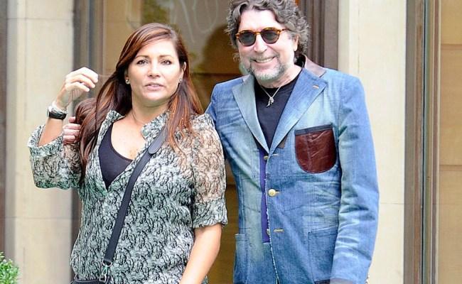 Joaquín Sabina Recibe El Alta Y Jimena Coronado Va A