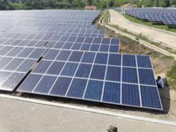 Manfaat Energi Matahari Sebagai Pembangkit listrik Tenaga Surya