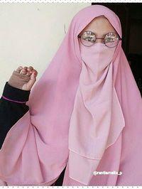 Foto Gaya Hijab Bercadar Remaja Bogor yang Populer