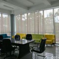 Sofa Studio Musik Bandung Sleeping Bag Balada Ruang Kreatif Bak Gedung 39hantu 39 Di