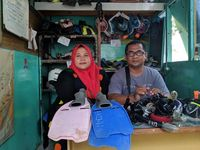 Raup Omzet Rp 60 Juta dari Penyewaan Alat Snorkeling di Labuan Bajo
