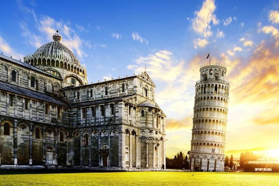 why does the tower of pisa lean