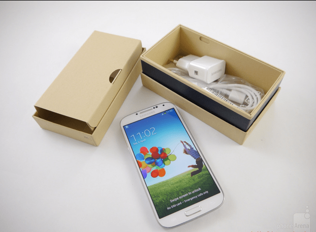 Samsung-GalaxyS4-unboxing