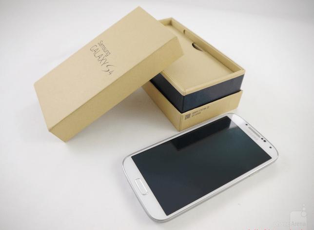 Samsung_Galaxy_S4_box (4)