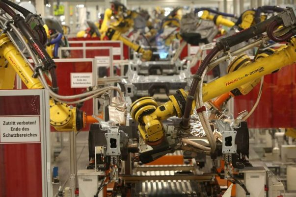 Robots Everywhere Industrial Robots