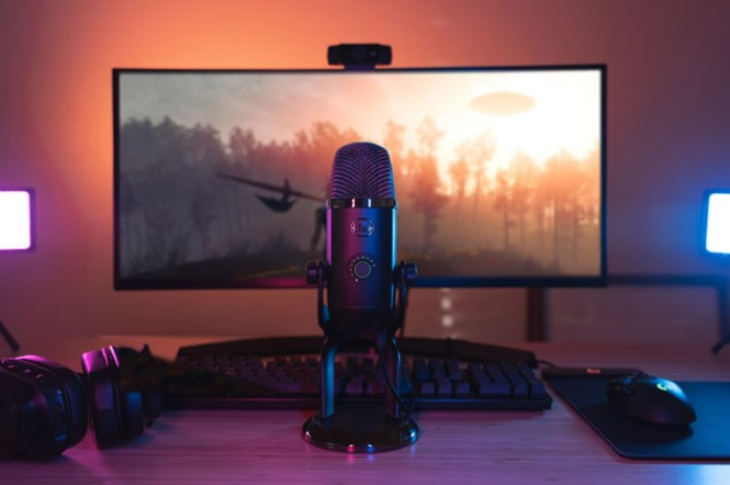 Blue Yeti X 在台上市,搭上 Podcast 風潮,提供最專業收音工具!