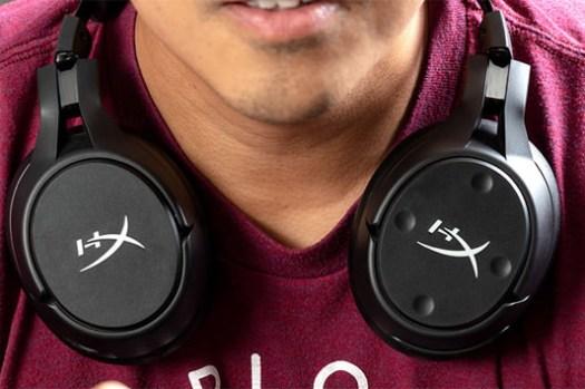 連耳罩式耳機也能無線充電?HyperX 全球首款支援 Qi 無線充電功能 Cloud Flight S 電競耳機就是這麼狂!